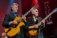 Larry Carlton and Paul Brown.jpg